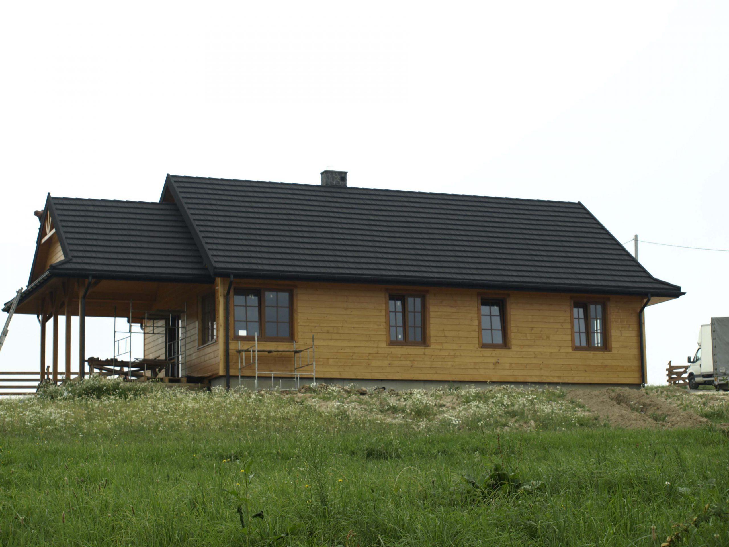 dom-drewniany-8099740